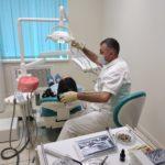 Какой зубной протез луше