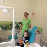 осмотр детским стоматологом