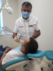 Сколько стоит вставить зуб