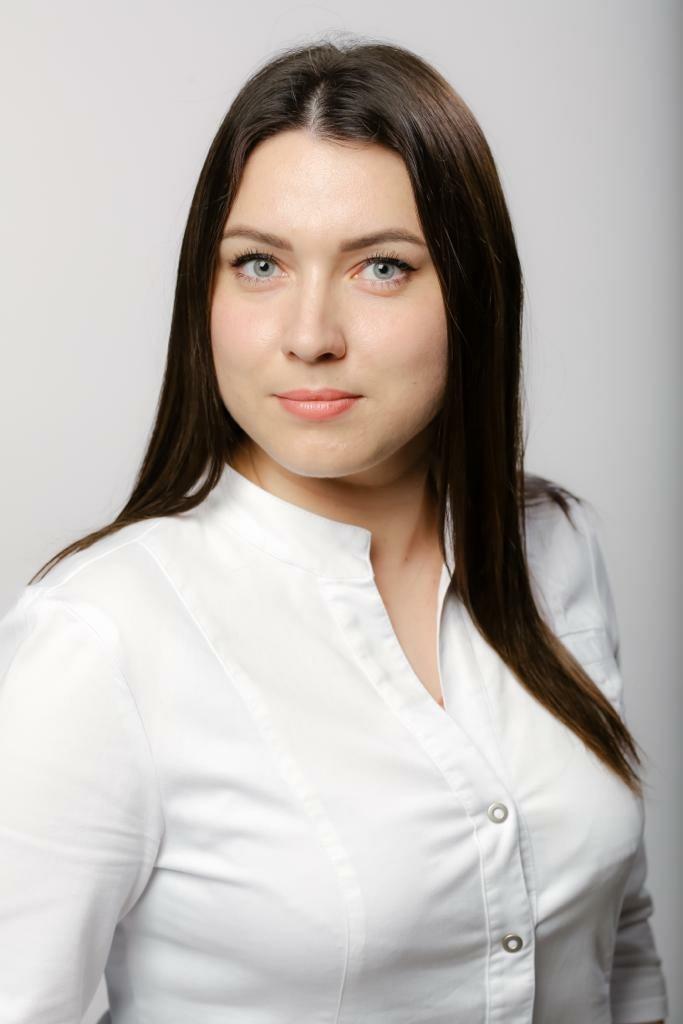 Трошкина Эльвира Валерьевна_стоматолог Калининград